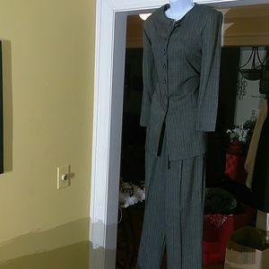 Ellen Figg ladies pants suit